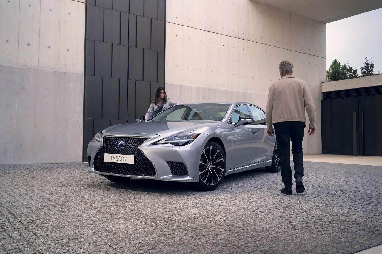 Így tökéletesítette a Lexus az LS csúcslimuzin teljesítményét