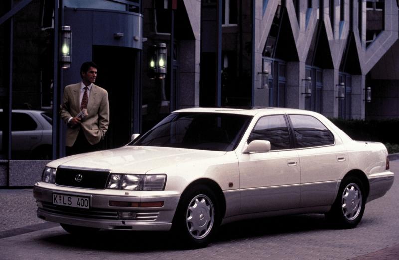 Historie Lexus