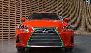 Lexus IS na ostro w Los Angeles
